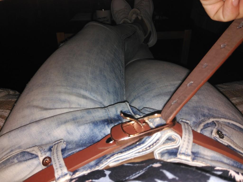 ADELGAZAR Pantalones que me pongo después de cuatro semanas. Se nota